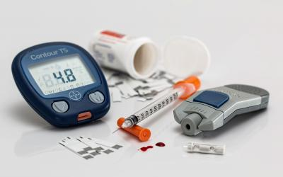 Equipment for testing blood sugar.