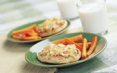Heartfelt Tuna Melt Sandwich. Courtesy: Midwest Dairy Association